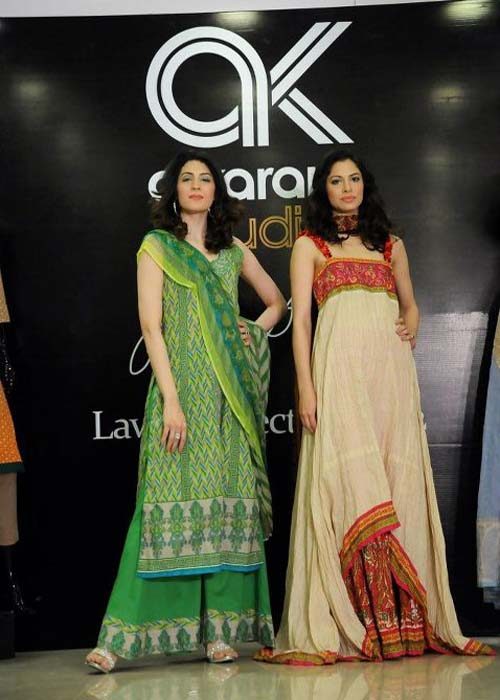 Umar-Sayeed-Lawn-Collection-2012-at-AlKaram-Studio